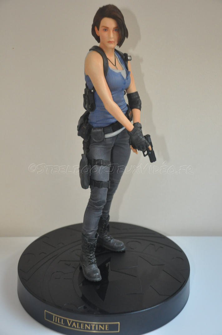 collector-resident-evil-3-28