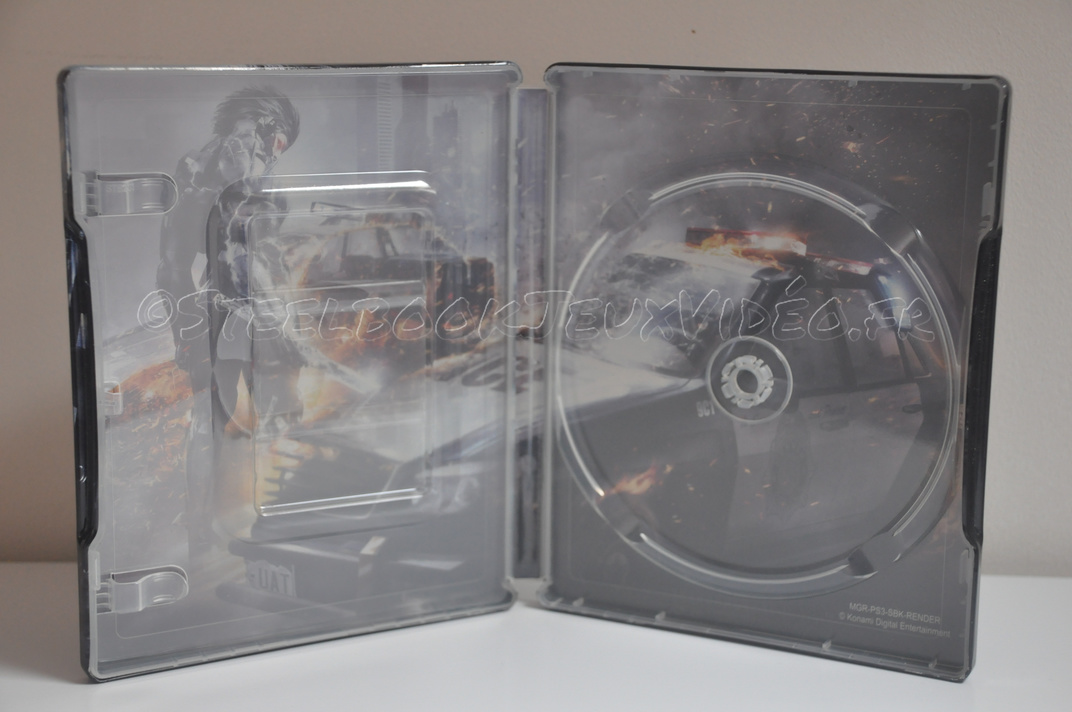 steelbook-metal-gear-6
