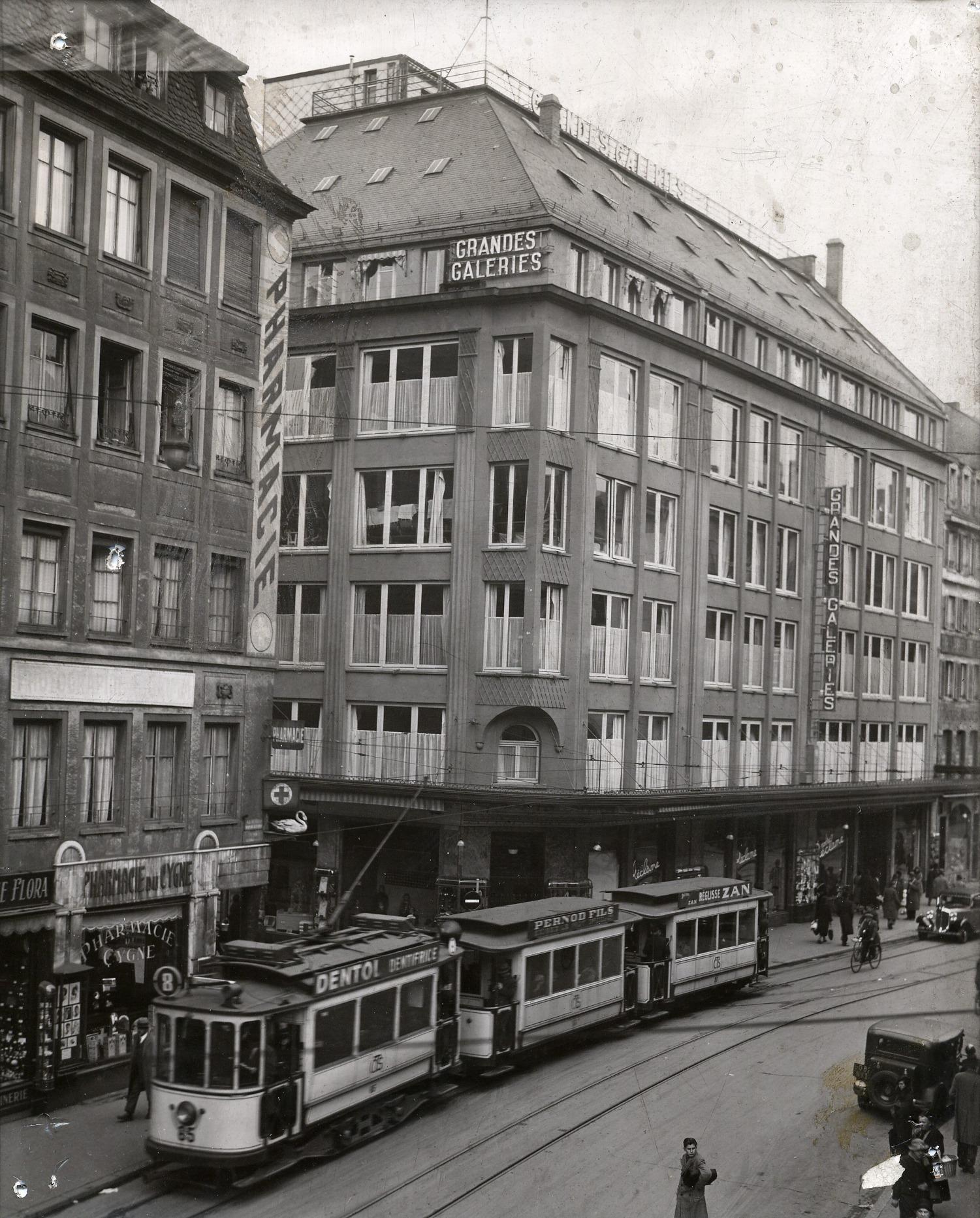 façade 3.jpg