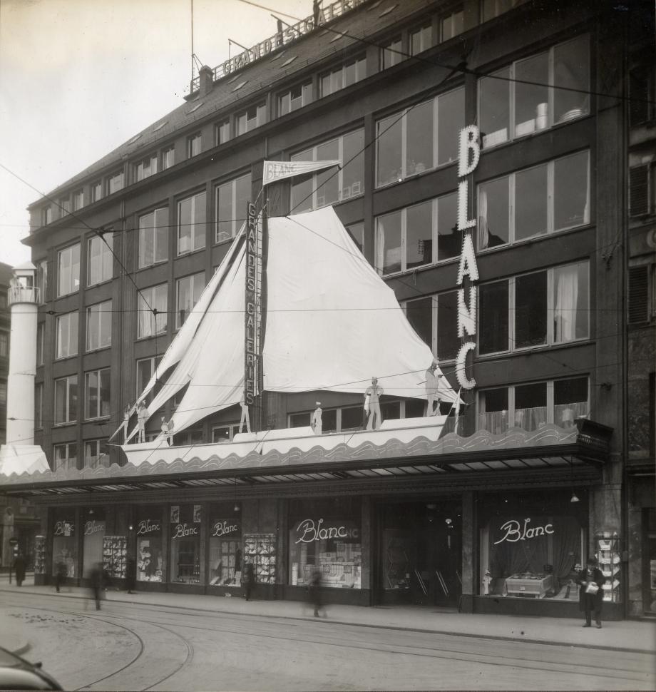 façade 5.jpg