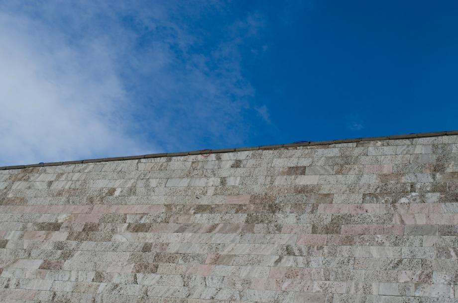 wall-321202_1920