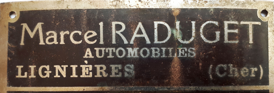 Garage RADUGET, rue de la Fonderie.  (Coll. Denis LHERBIERE)