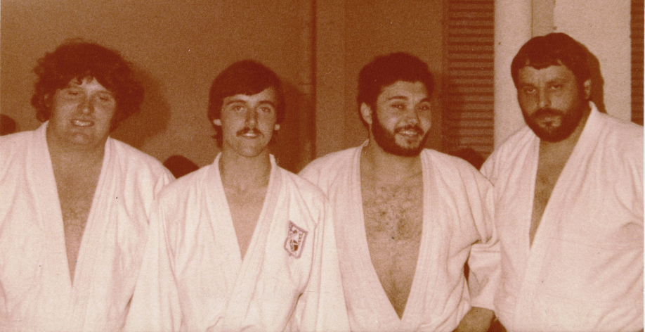 Saint-Pourcain-sur-Sioule 1981  De gauche à droite : Bernard NARET - Pascal ALADENIZE - Thierry TAMPON et Jean-François THIDET  (Coll. André PROT)