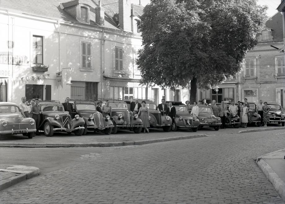 Rallye automobile - Place de la Concorde - 1954