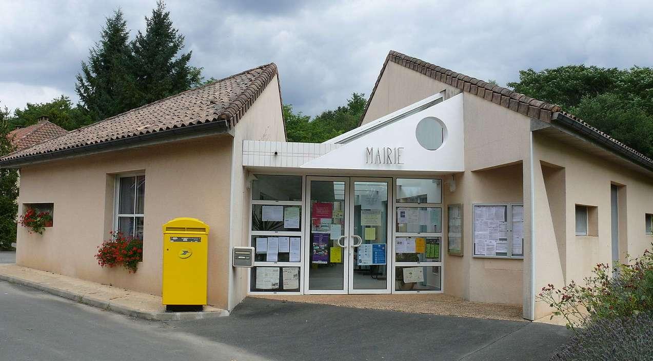 Mairie de Mazeyrolles.jpg