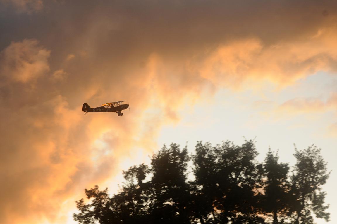 09 - Avion Piper 1943.jpg
