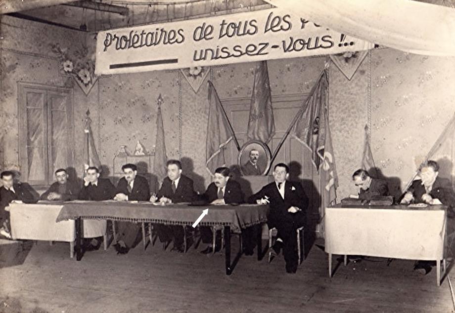 Meeting au syndicat devant le portrait d\\\'Etienne Merzet