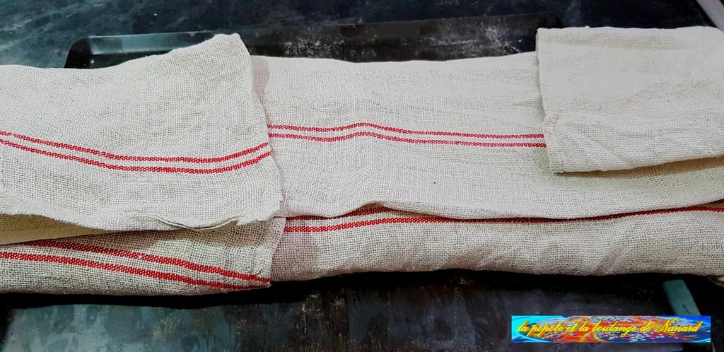 Rabattre le linge sur les baguettes puis laisser pointer 1 heure à température ambiante