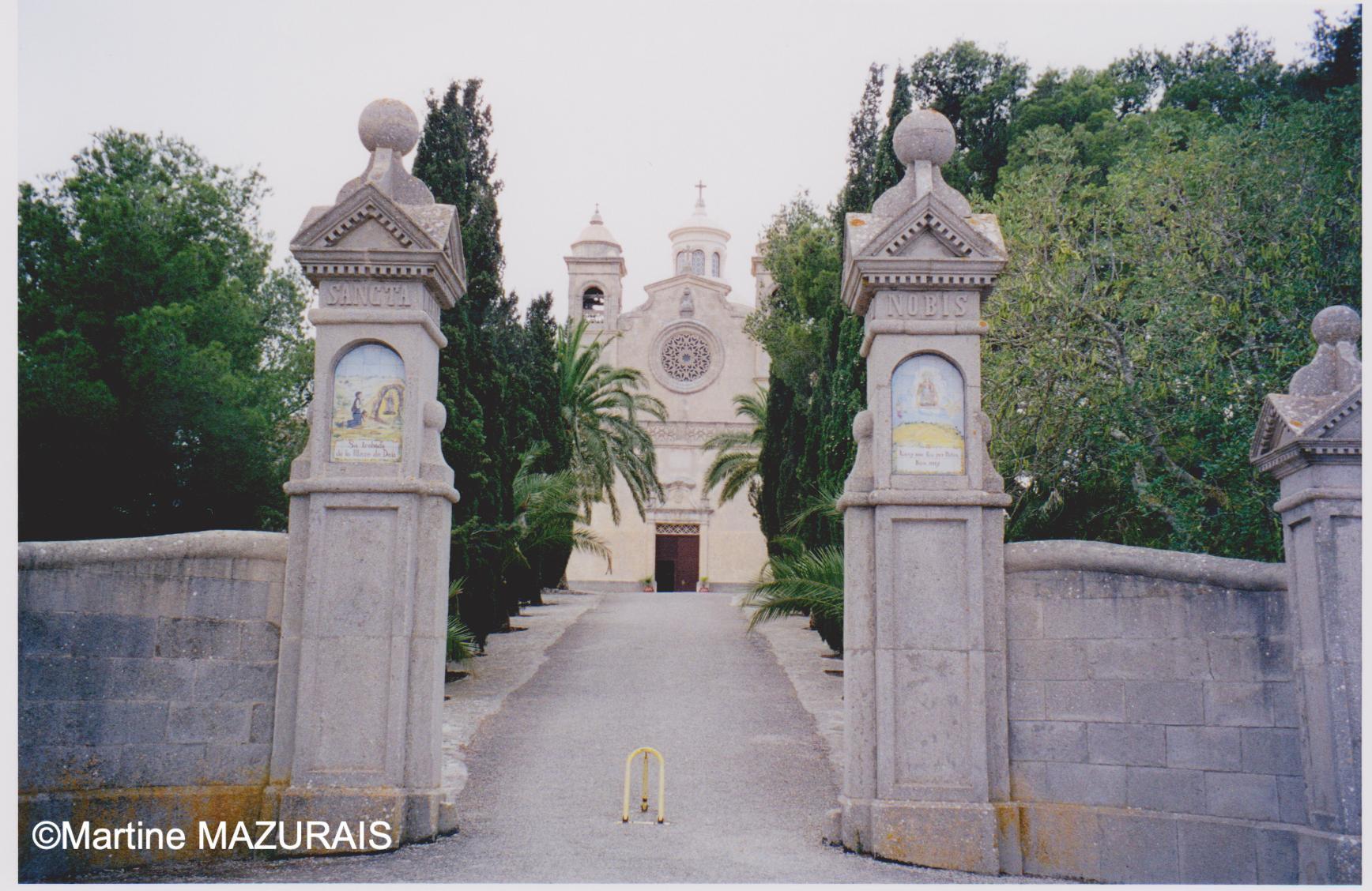 Juin 2000 - 01 - Ermitage de Bon Any *