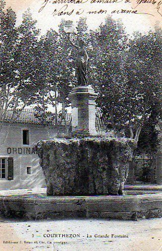 Fontaine de Courthézon.