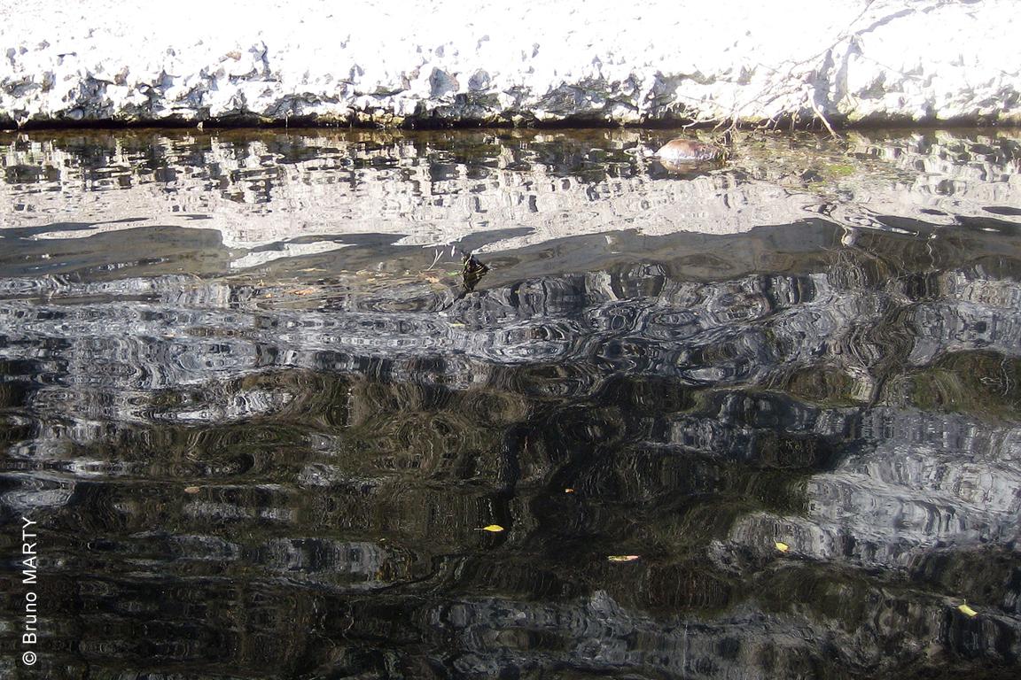 07 - Reflet artistique de la falaise calcaire