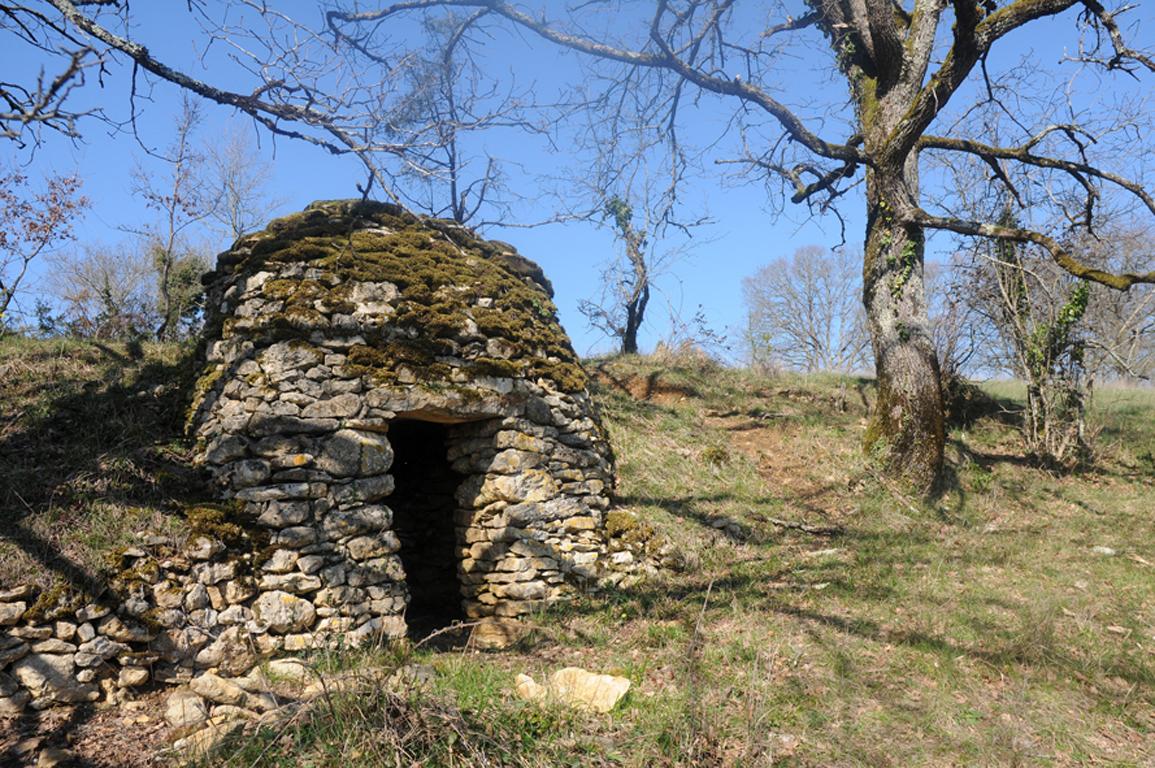 11 - Goursat - Cabane en pierre blog