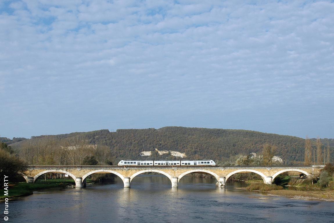 22 - Pont de Saint-Cyprien 01