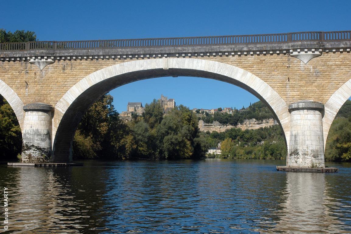 13 - Pont de Beynac-Vézac 02