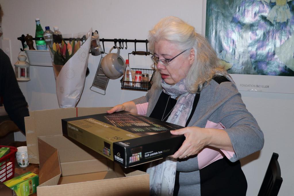 201228.11 - Lausanne, av. Dapples 3 - Sylviane déballe ses pastels