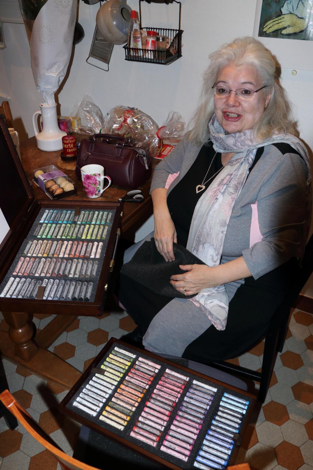 201228.16 - Lausanne, av. Dapples 3 - Sylviane déballe ses pastels