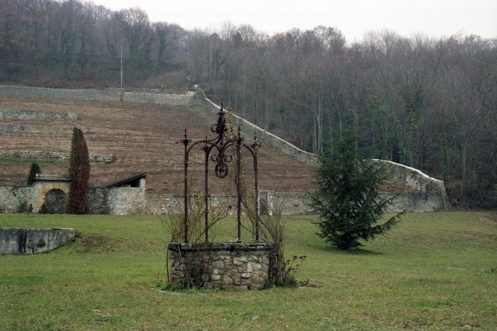 911231.75B11N - Concise, La Lance - chartreuse de La Lance, puits, vignes